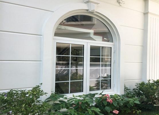Cửa sổ mở quay lật nhôm Eurowindow
