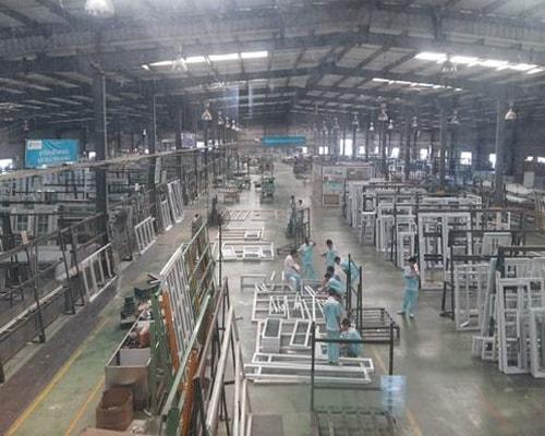 Nhà máy 4